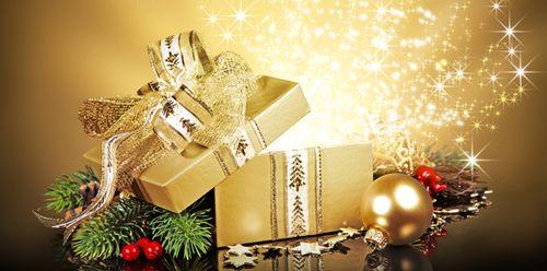 Christmasgoldandmistletoesmaller